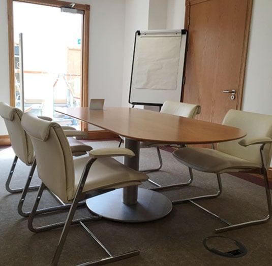 building-4-meeting-room-1.jpg